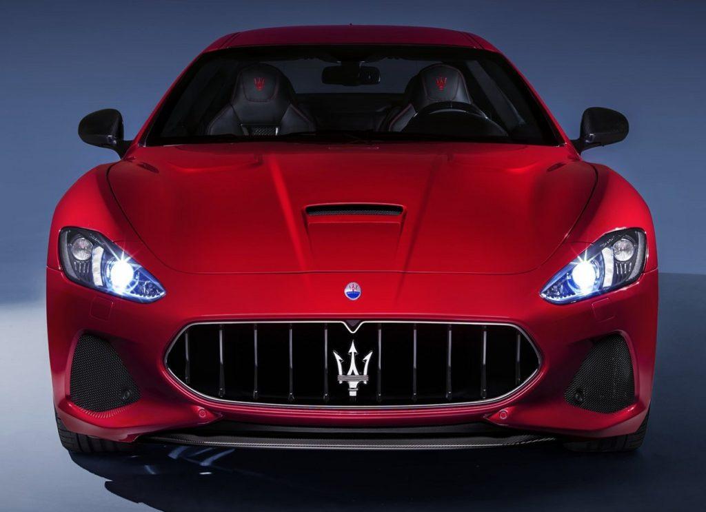 Maserati GranTurismo 2018 (4)