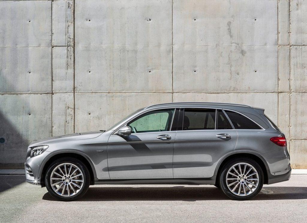 Mercedes-Benz GLC 2016 (1)