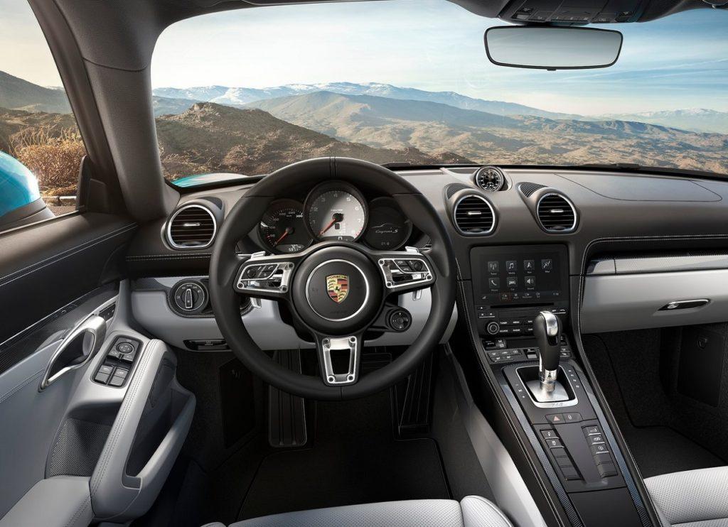 Porsche 718 Cayman 2017 (4)