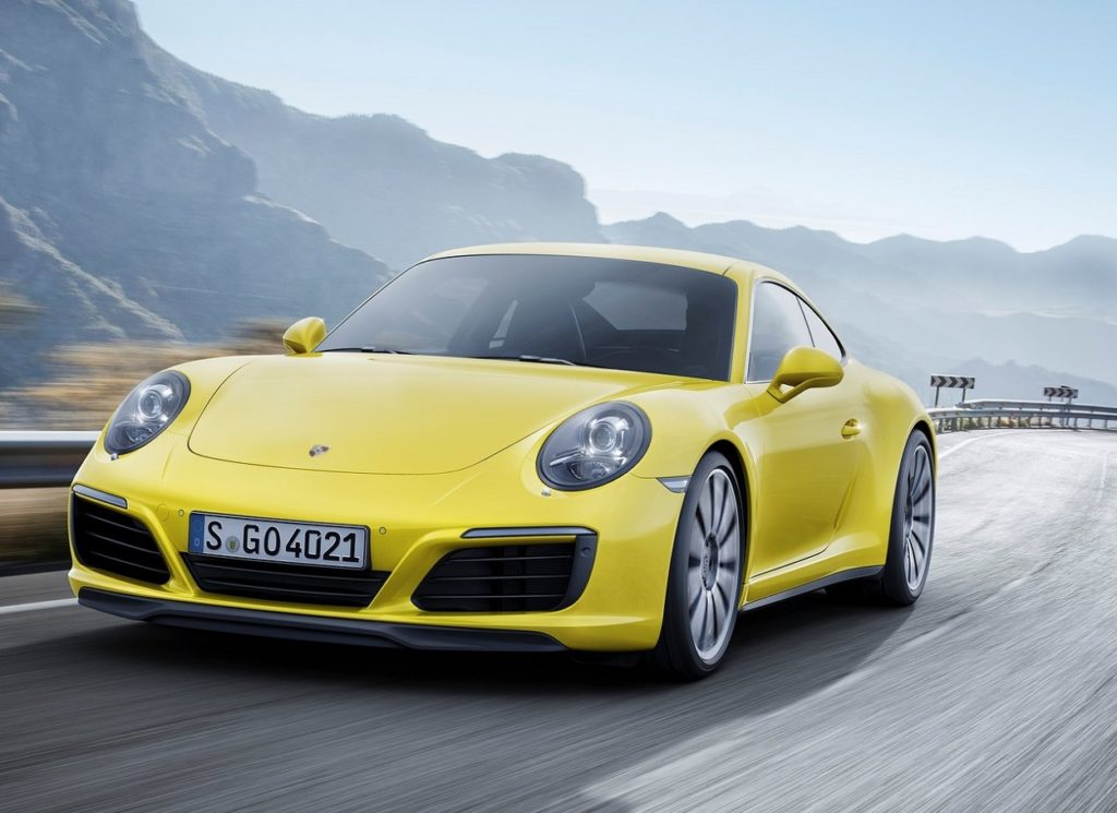 Porsche-911_Carrera_4-2016