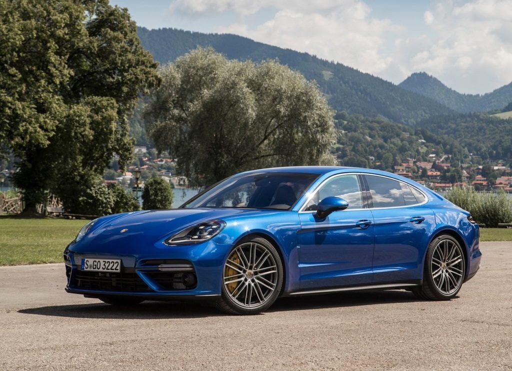 Porsche Panamera 2017 (2)
