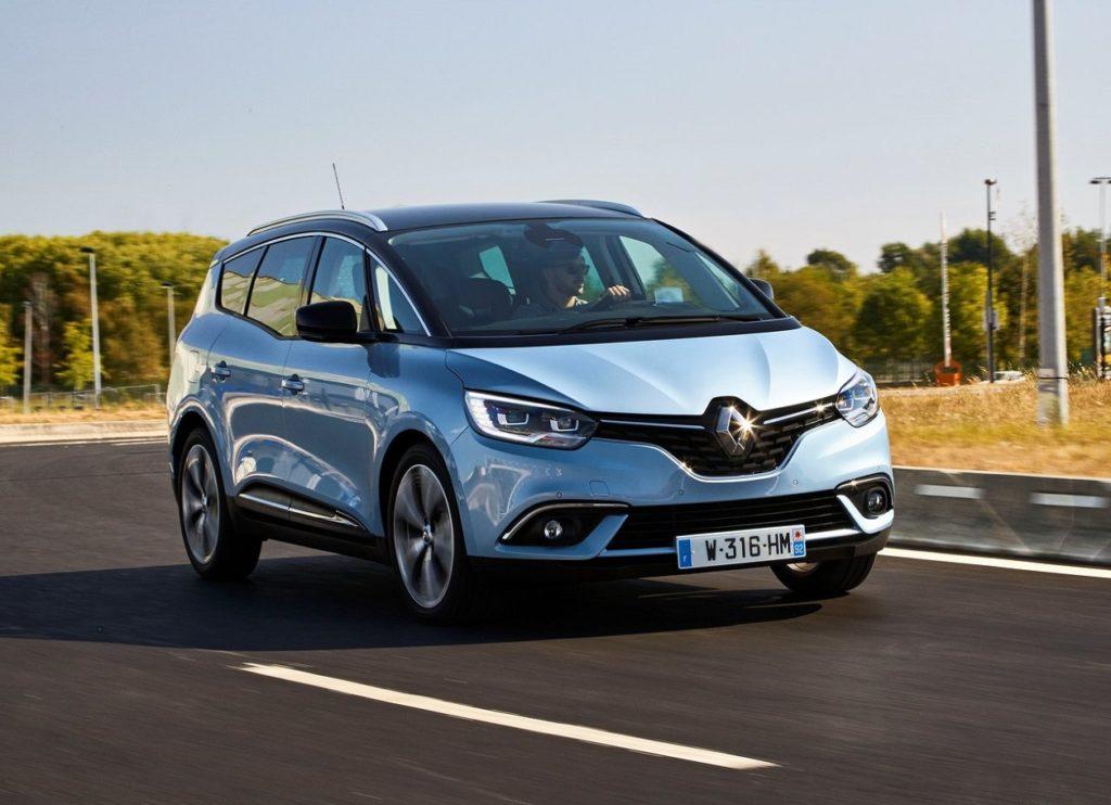 Renault-Grand_Scenic-2017