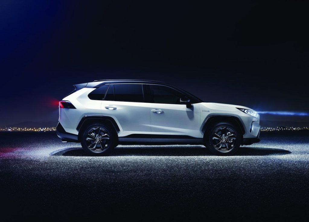 Toyota RAV4 2019 (3)