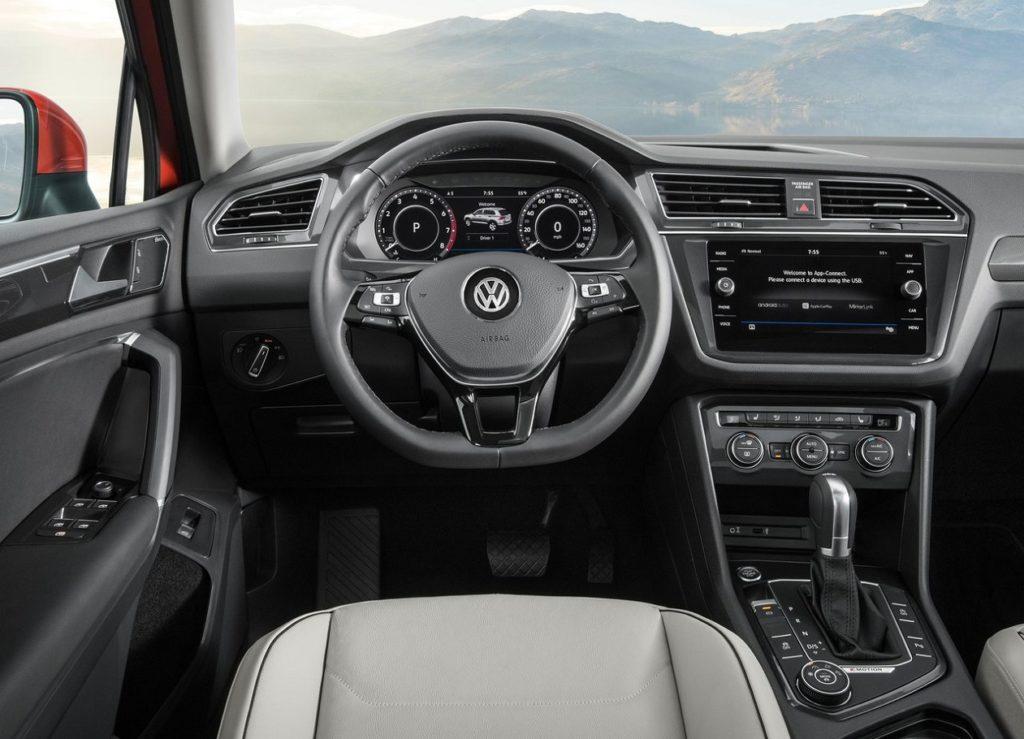 VW Tiguan Allspace 2018 (2)