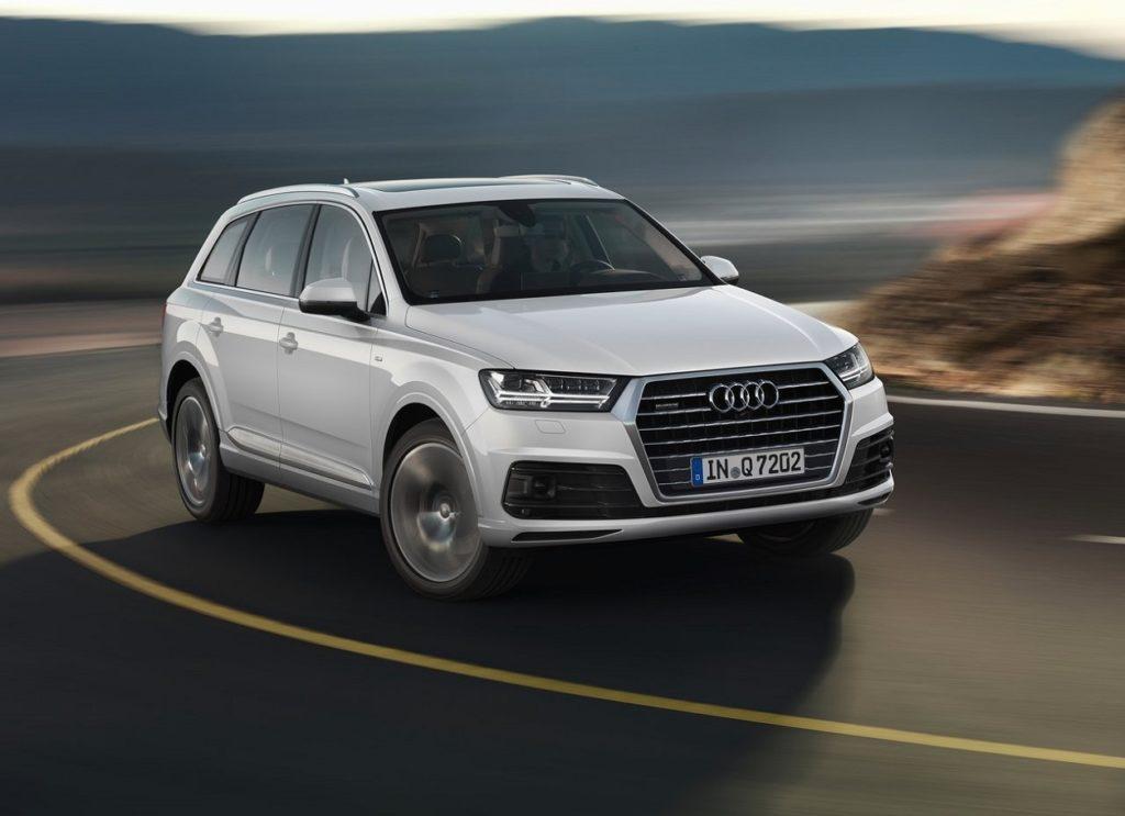 Audi-Q7-2016-