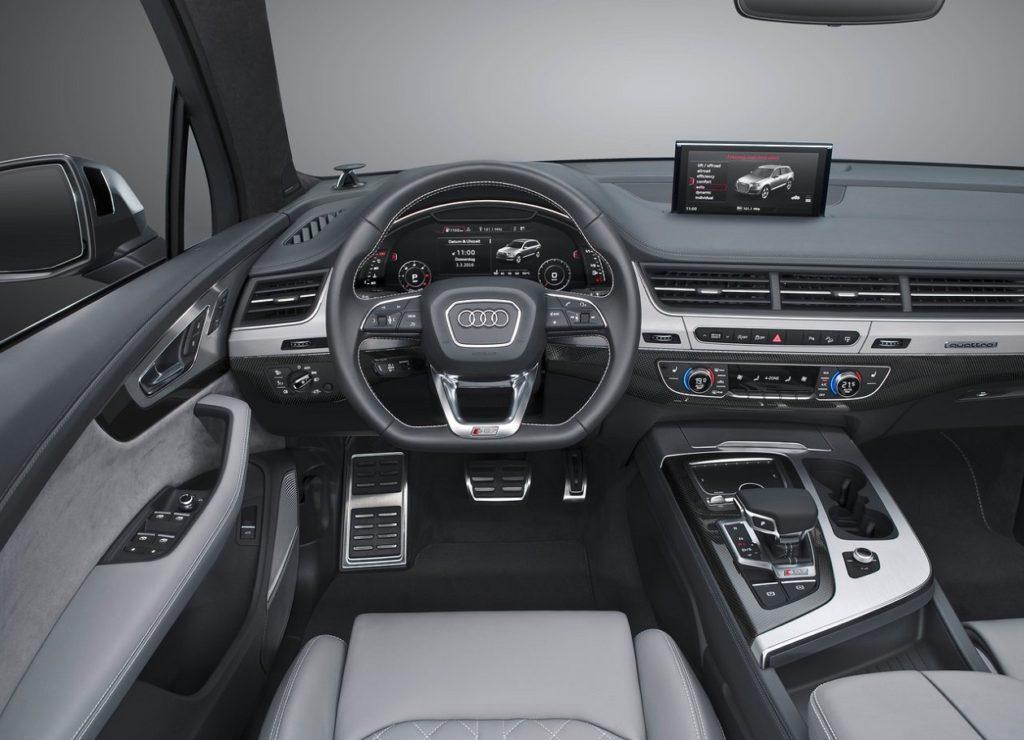 Audi SQ7 2017 (1)