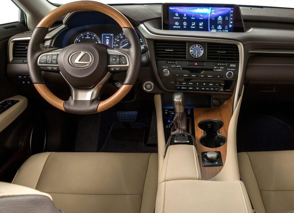 Lexus RX L 2018 (1)