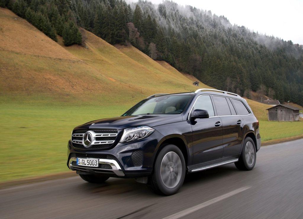 Mercedes-Benz-GLS-2017