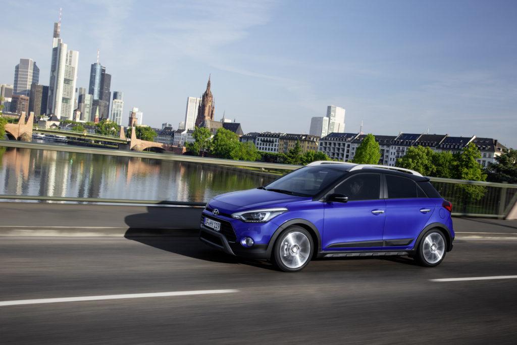 New Hyundai i20 Active (1)