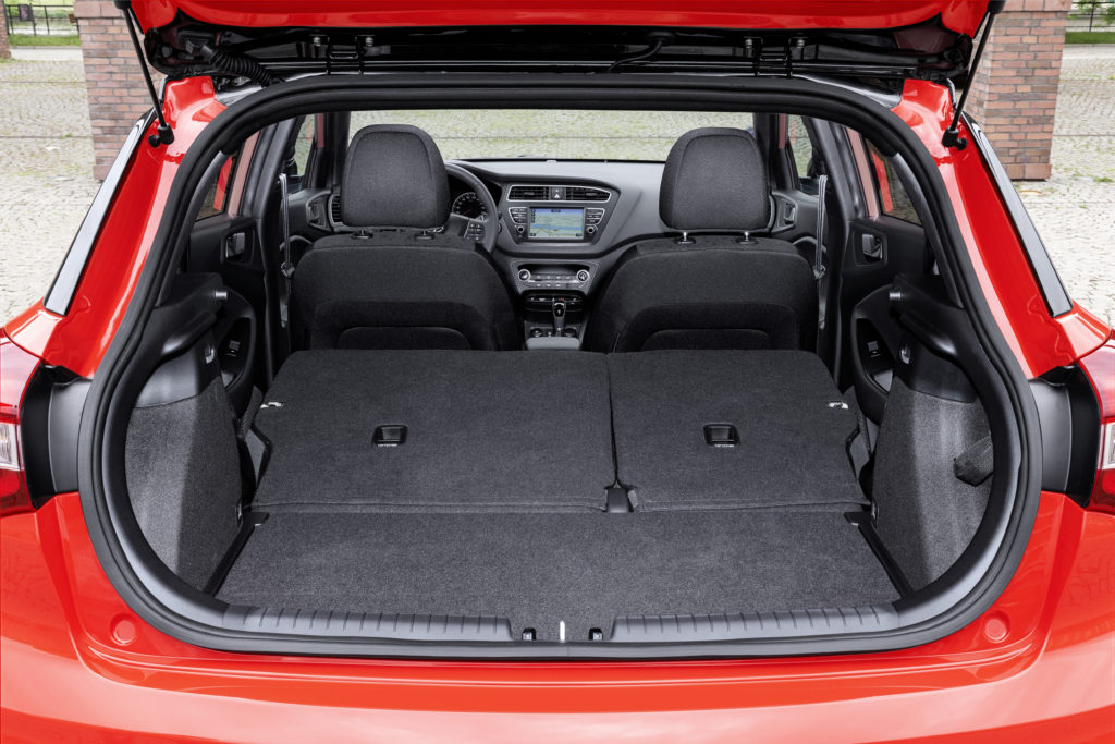 New Hyundai i20 Boot (2)
