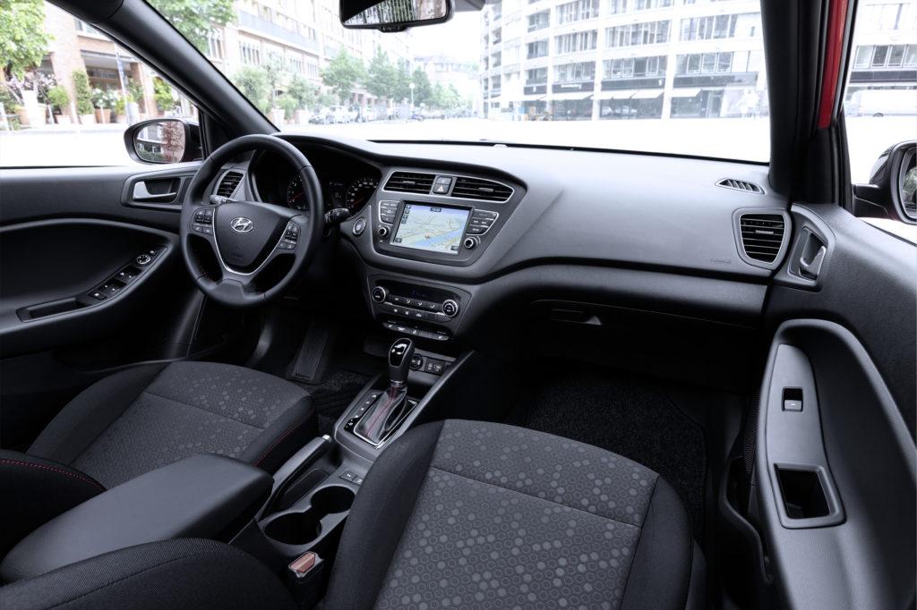 New Hyundai i20 Interior (1)