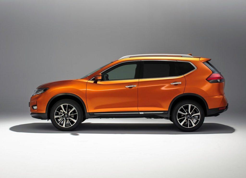 Nissan X-Trail 2018 (4)