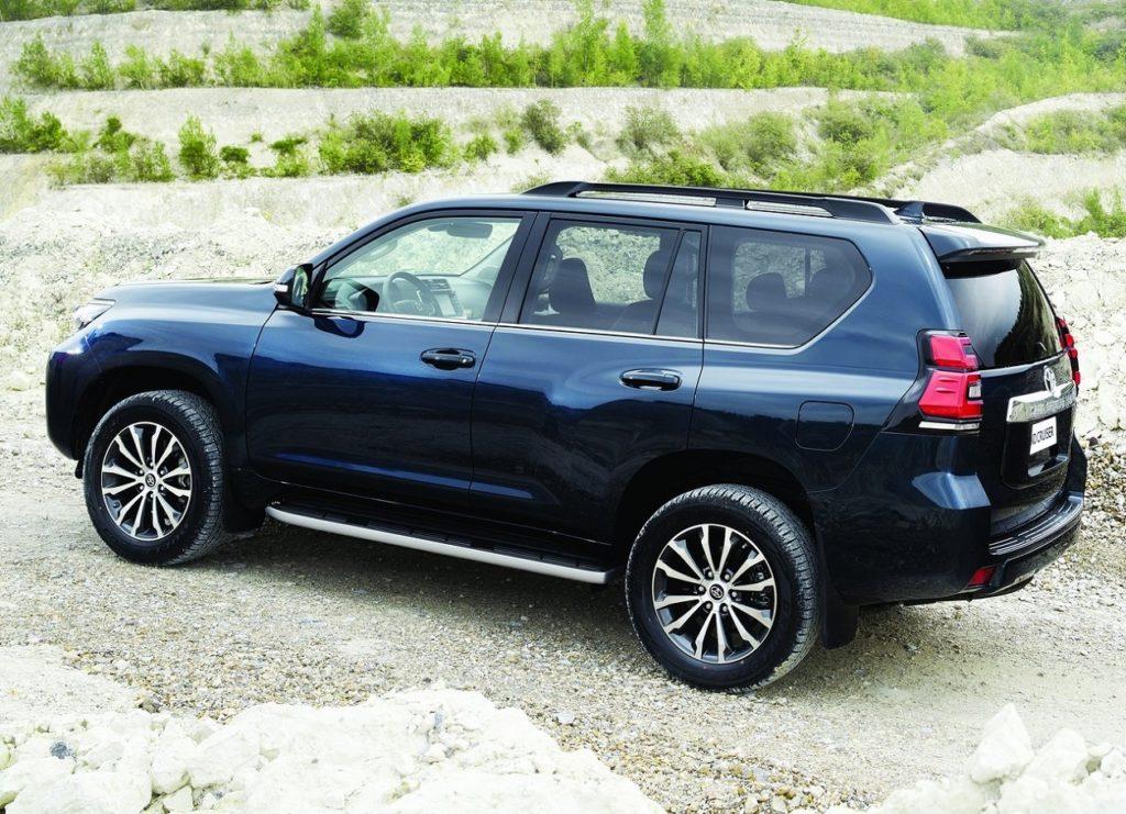 Toyota Land Cruiser 2018 (3)