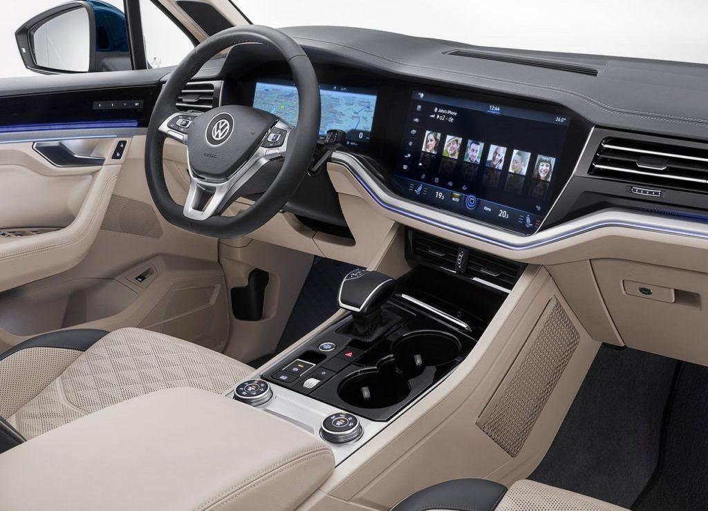 VW Touareg 2019 (2)