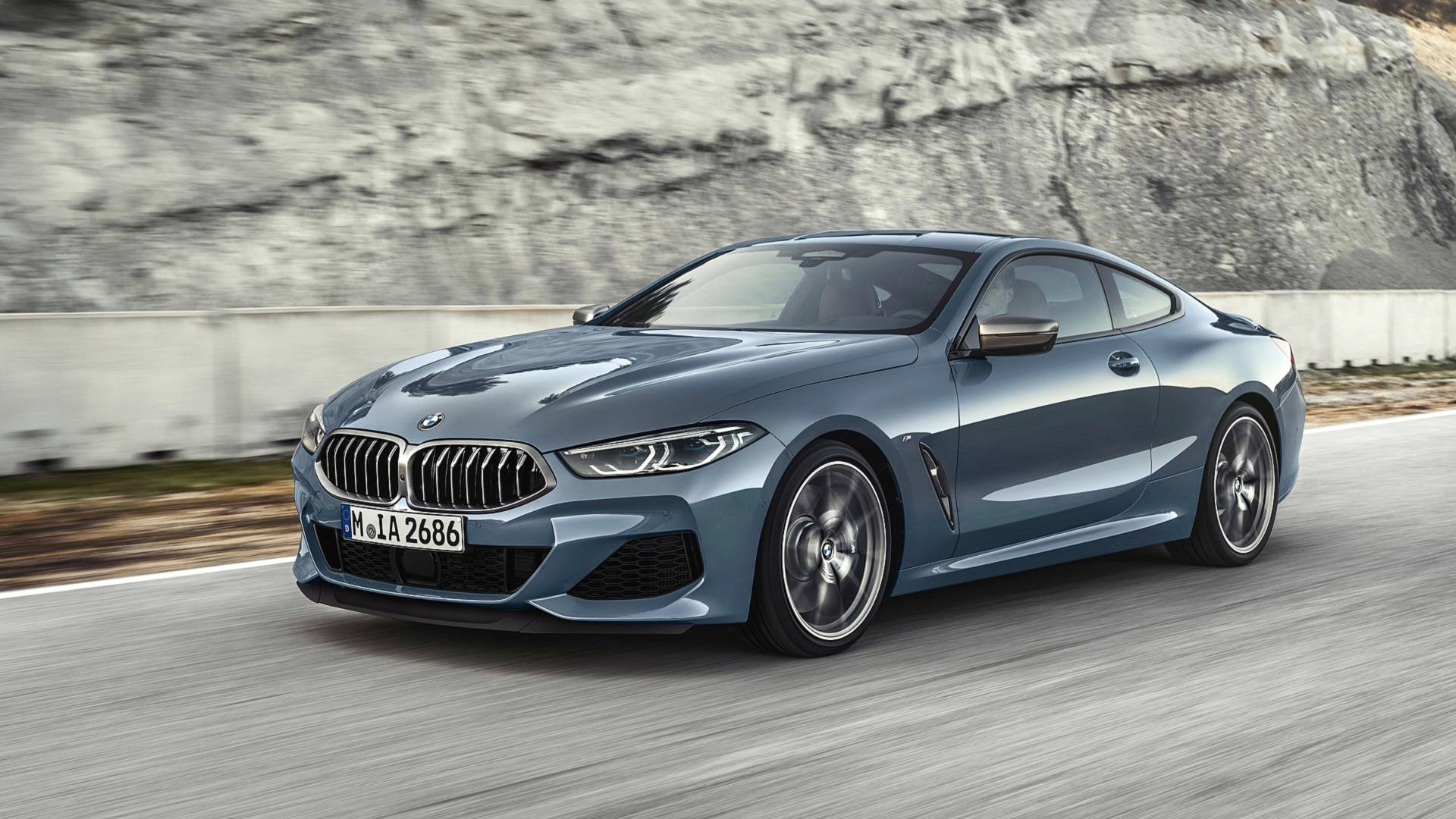 Novo BMW Série 8 Coupé finalmente apresentado