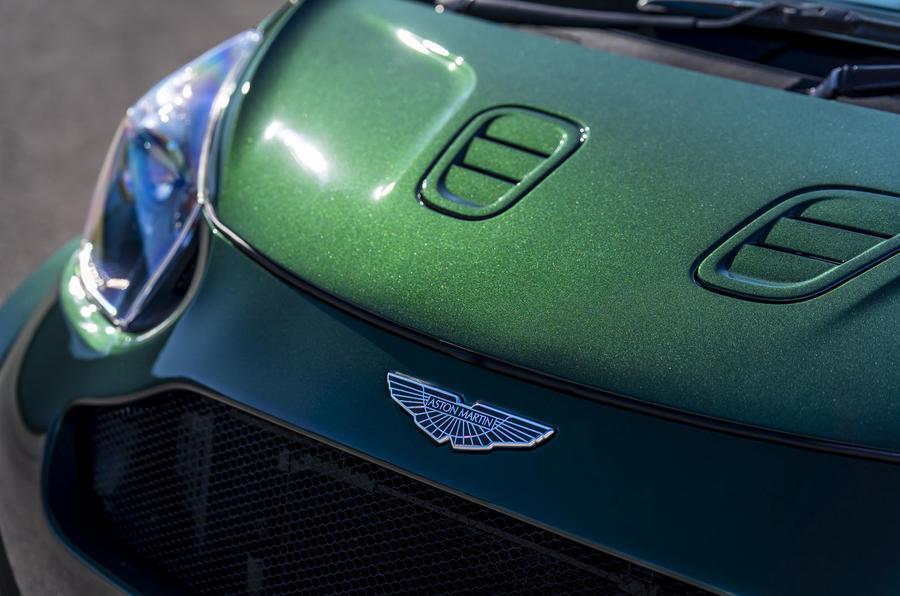 Aston Martin Cygnet (2)