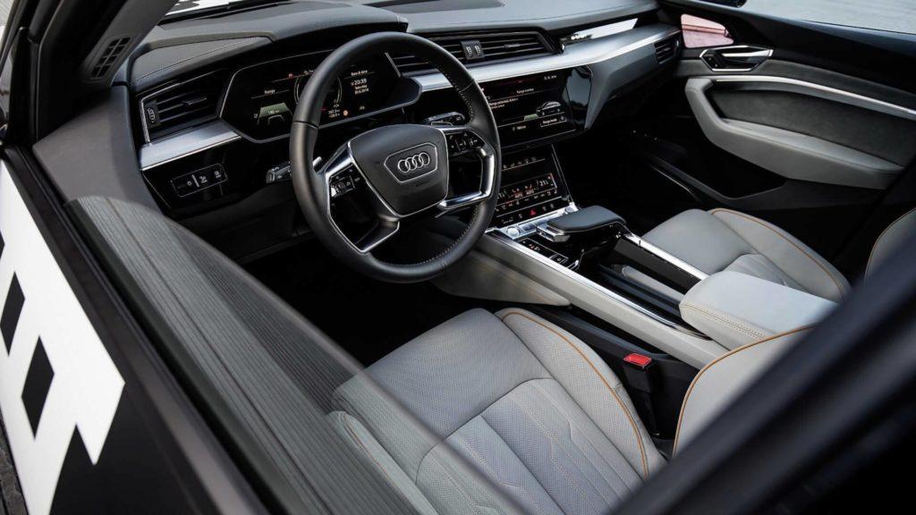 Audi e-Tron (1)