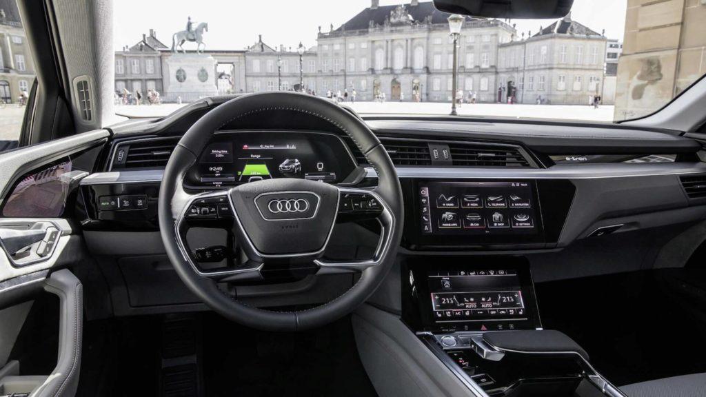 Audi e-Tron (12)