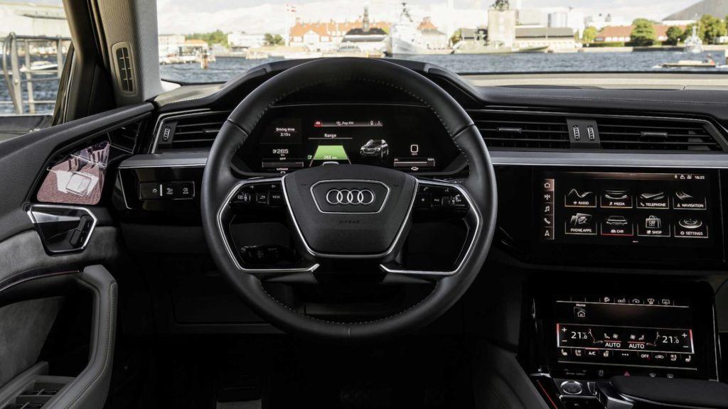 Audi e-Tron (8)
