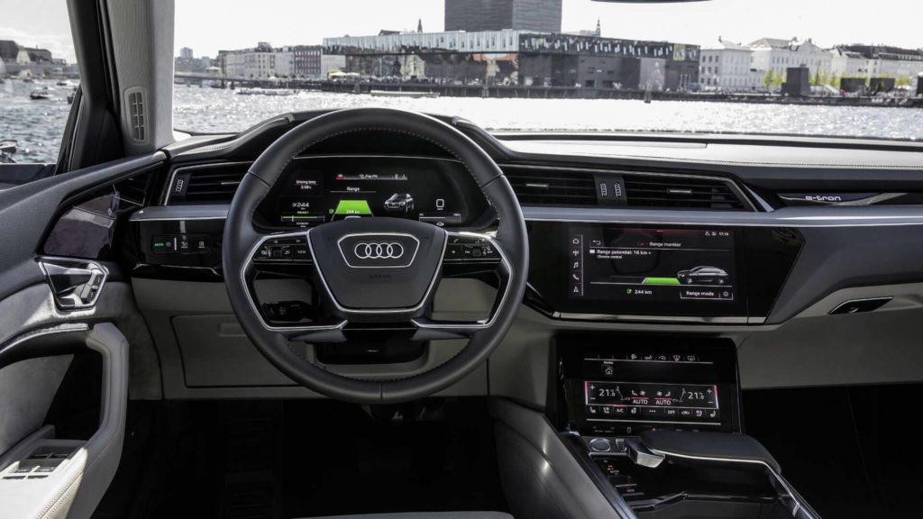 Audi e-Tron (9)
