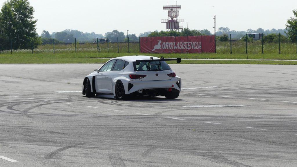 Cuppra e-Racer (2)