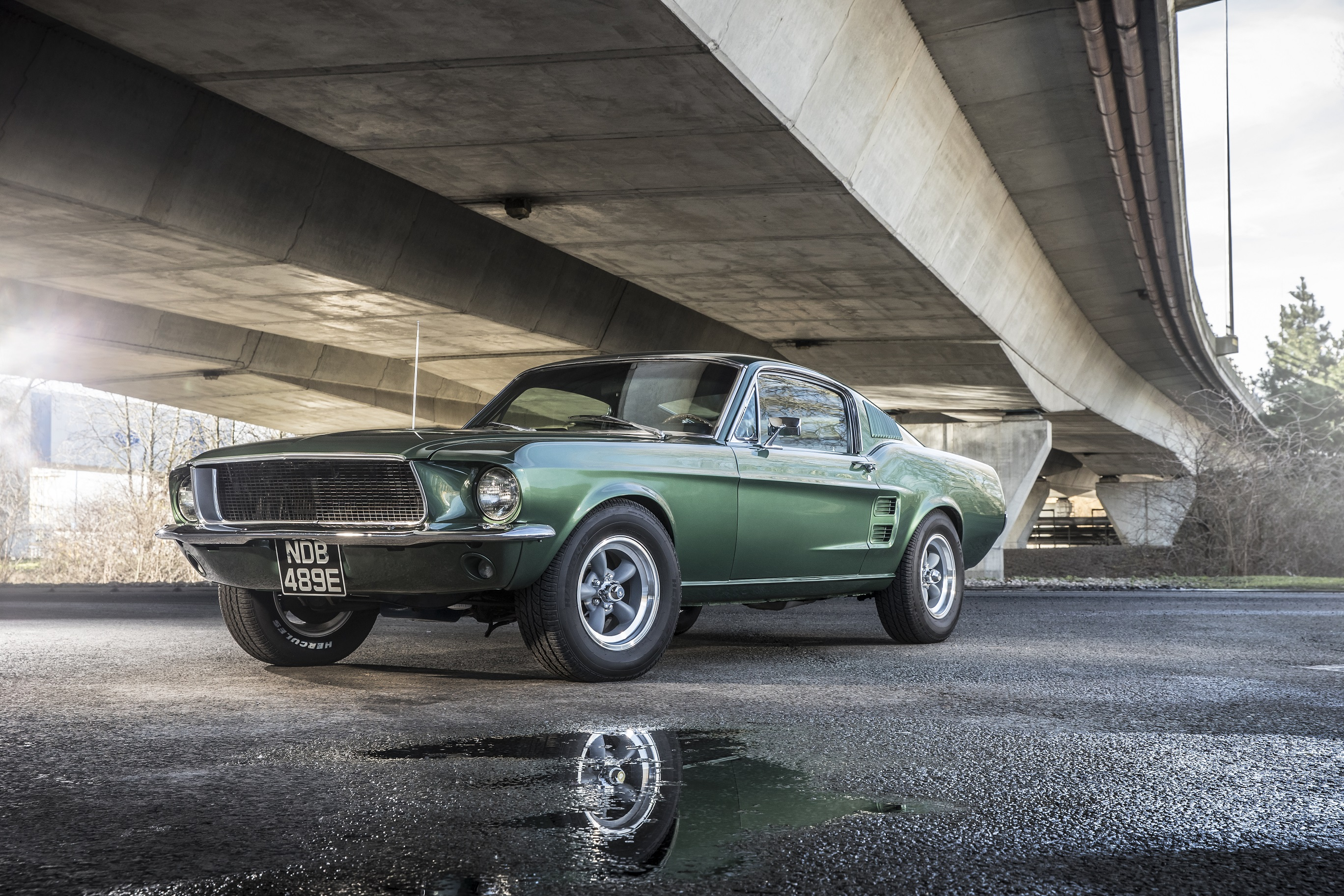 "Ford Mustang de 1968 do filme ""Bullitt"" destacado no Festival de Goodwood"