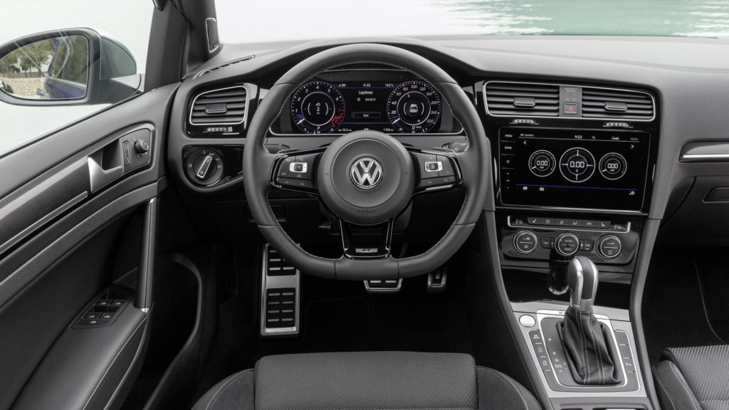 VW Golf R (8)