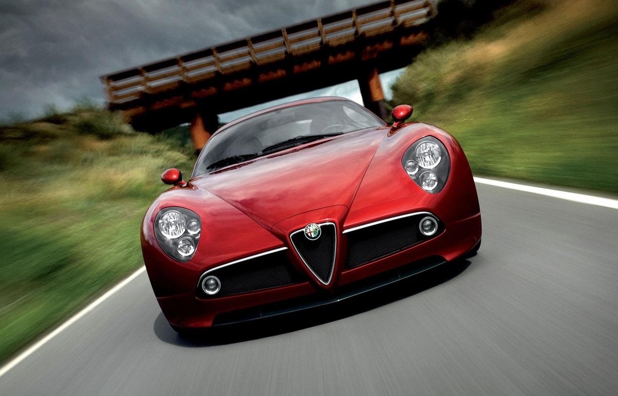 Alfa Romeo 8C contará com 800 cv