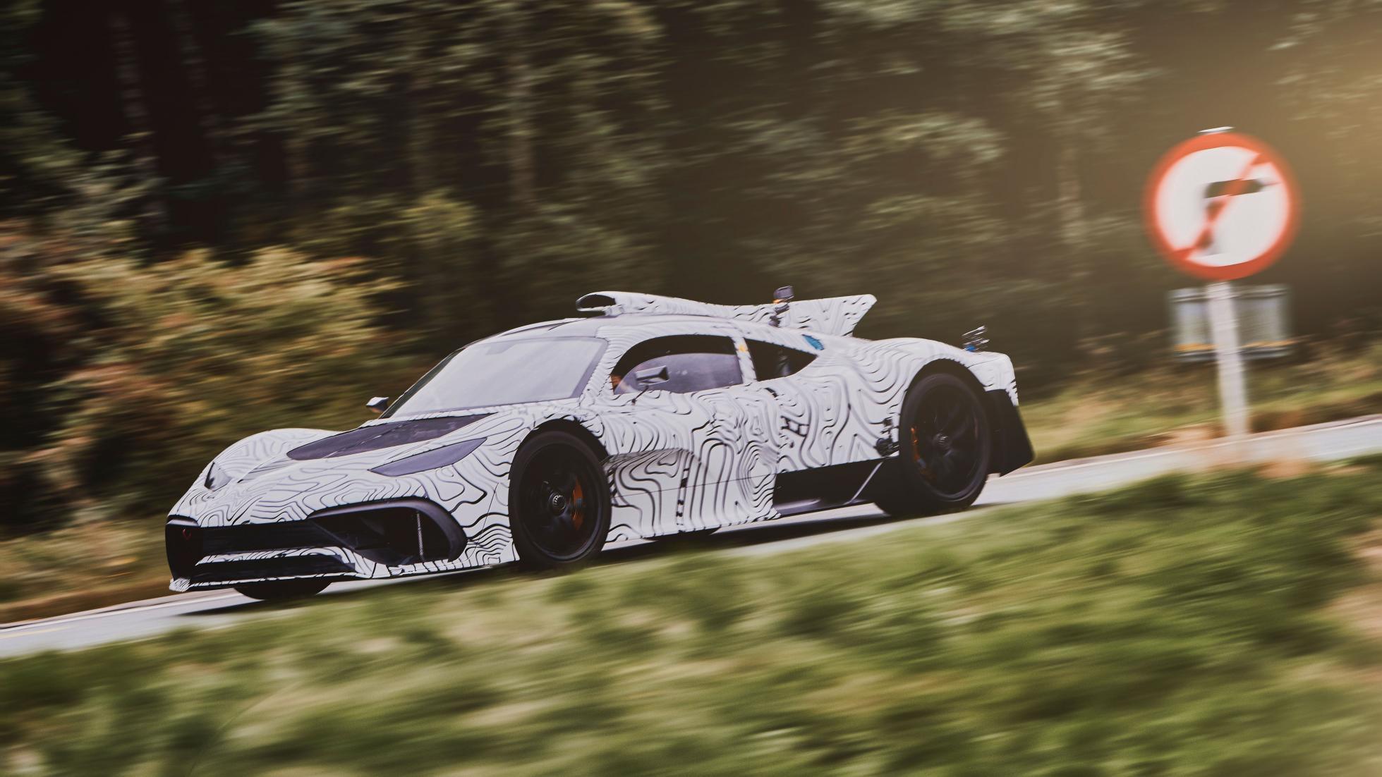 Mercedes AMG Project One começou testes