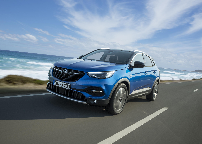 Opel Grandland X chega em novembro com preços a partir dos 29.090€