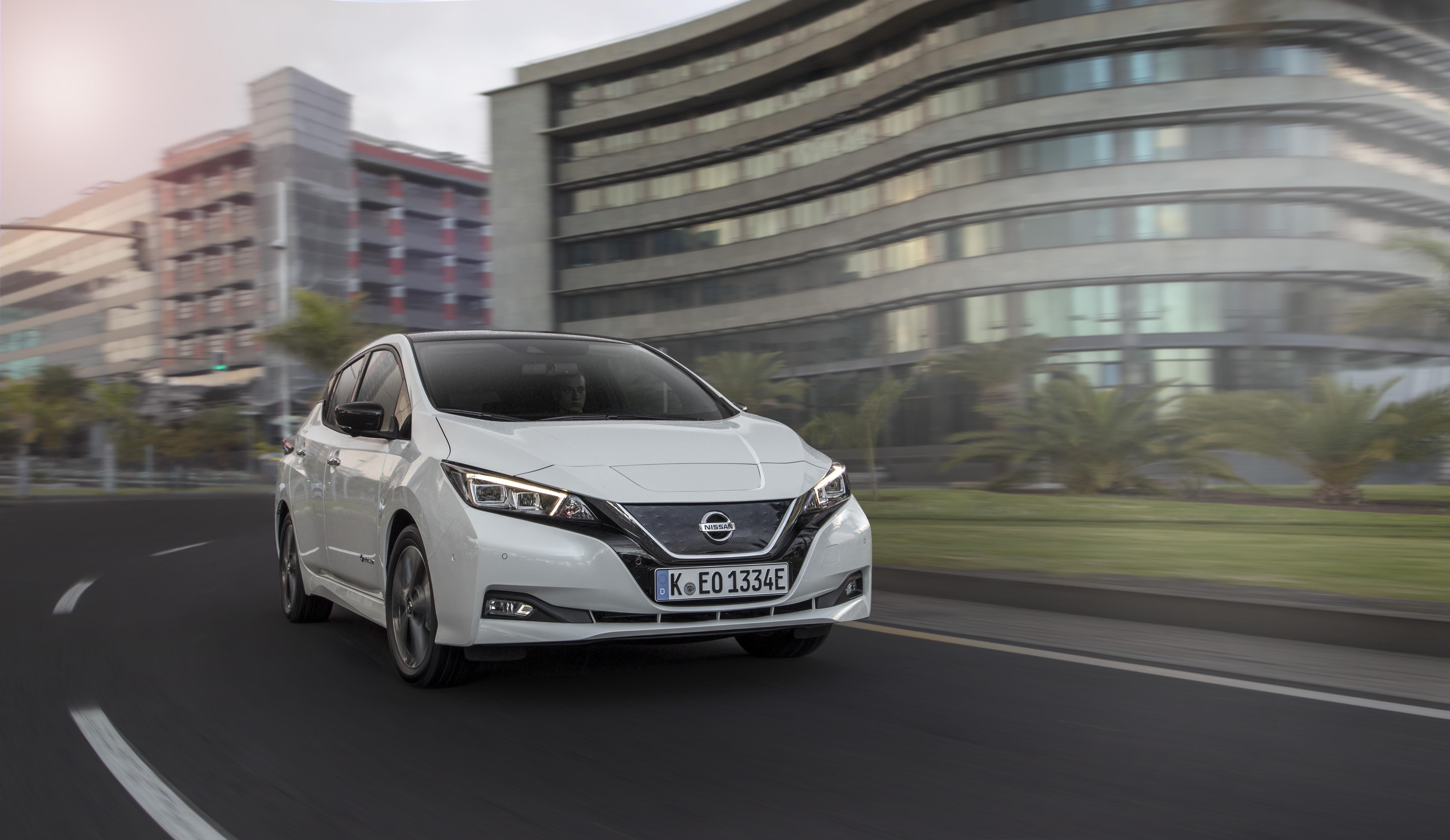 Novo Nissan Leaf vendeu mais em sete meses que o anterior em sete anos