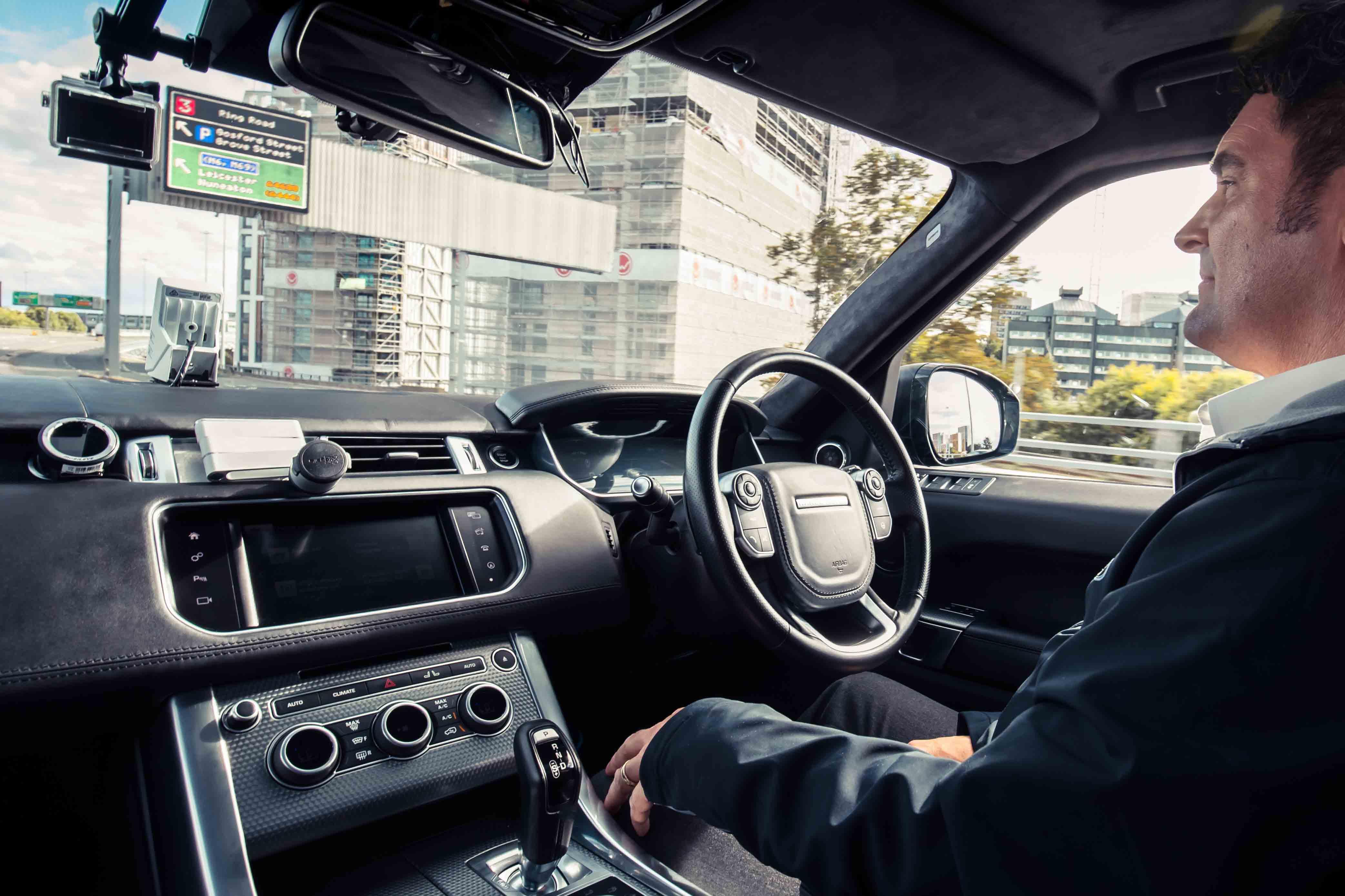 Range Rover Sport autónomo conseguiu rodar numa das zonas mais complicadas do Reino Unido (c/video)