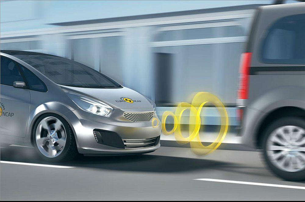 Sistema de travagem de emergência autónoma reduz em 43% colisões traseiras