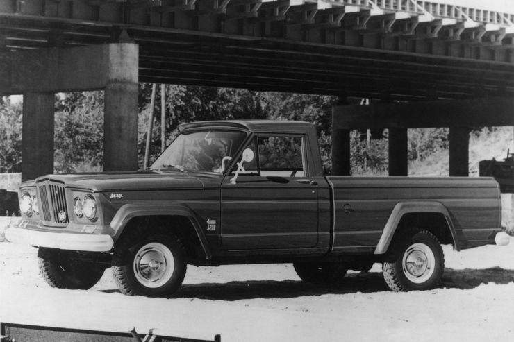 Jeep-Gladiator-Oldtimer-1962-fotoshowBig-2c6e1653-1200763