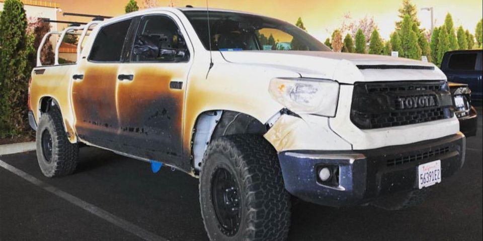 """Toyota oferece """"pick-up"""" a herói que salvou pessoas dos incêndios de Paradise com uma Tundra"""