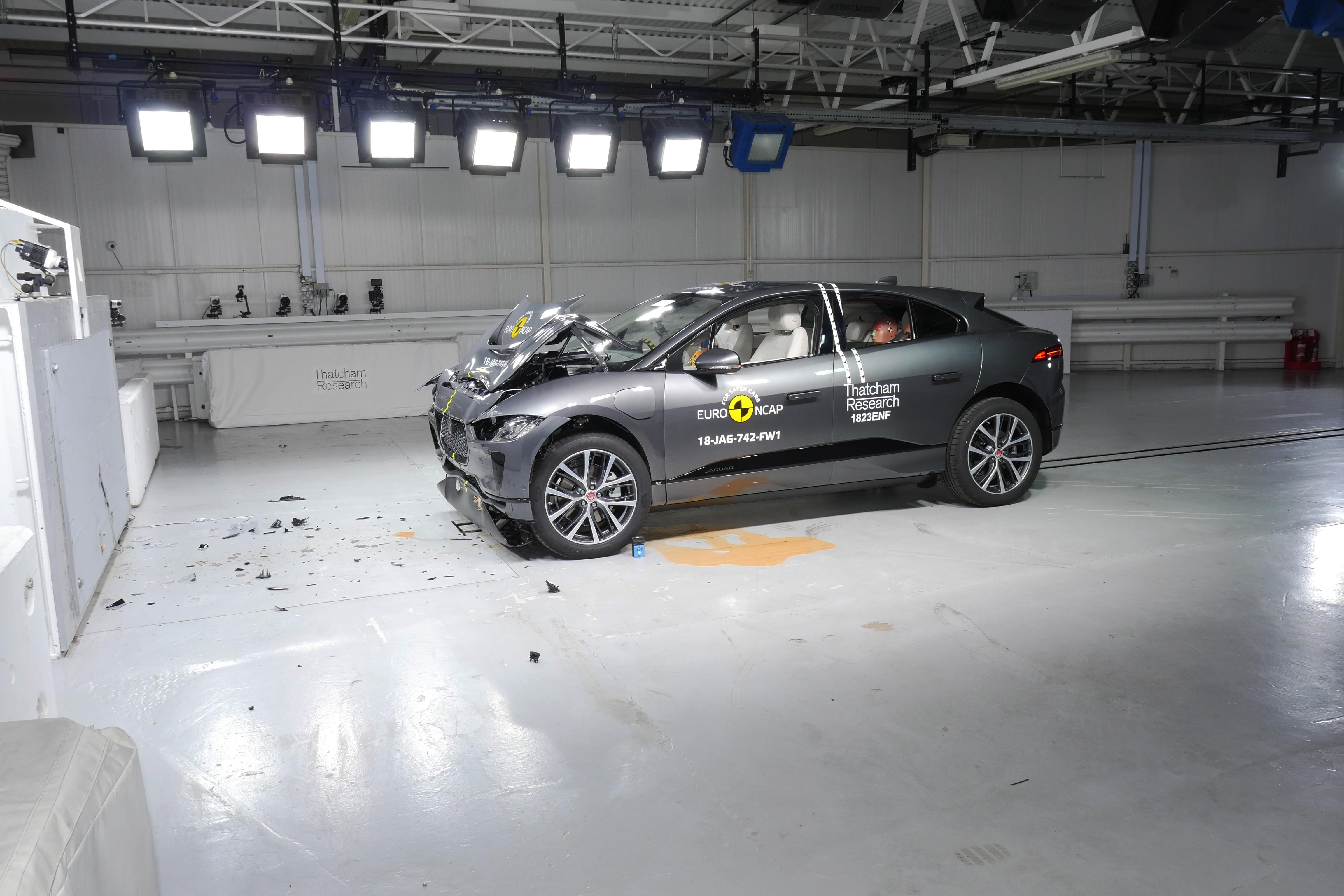 Jaguar i-Pace conquista cinco estrelas EuroNCAP