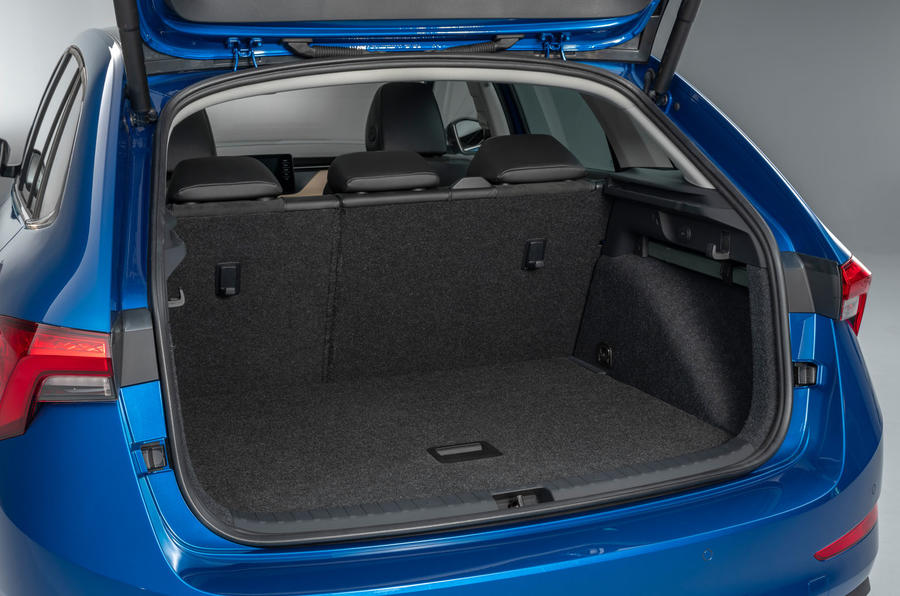 87-skoda-scala-official-reveal-studio-boot-space