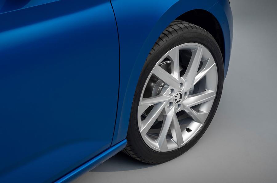 94-skoda-scala-official-reveal-studio-alloy-wheels
