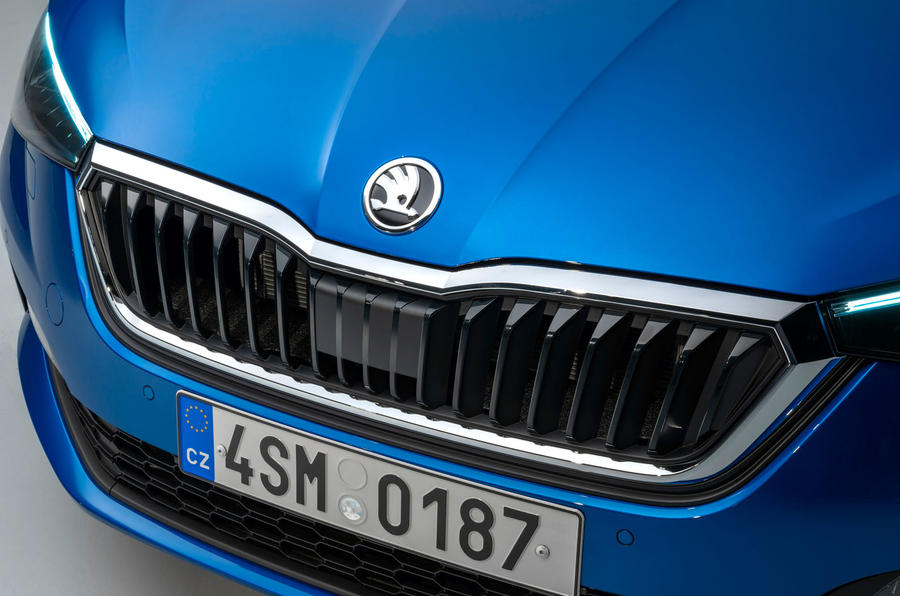 96-skoda-scala-official-reveal-studio-front-grille