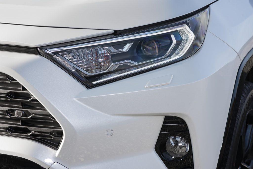 1a9078d2-2019-toyota-rav4-hybrid-48