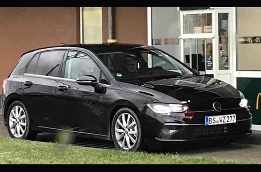 Aqui está a oitava geração do VW Golf, mais uma evolução na continuidade