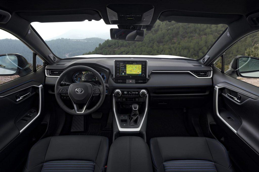 a14ec5c5-2019-toyota-rav4-hybrid-40