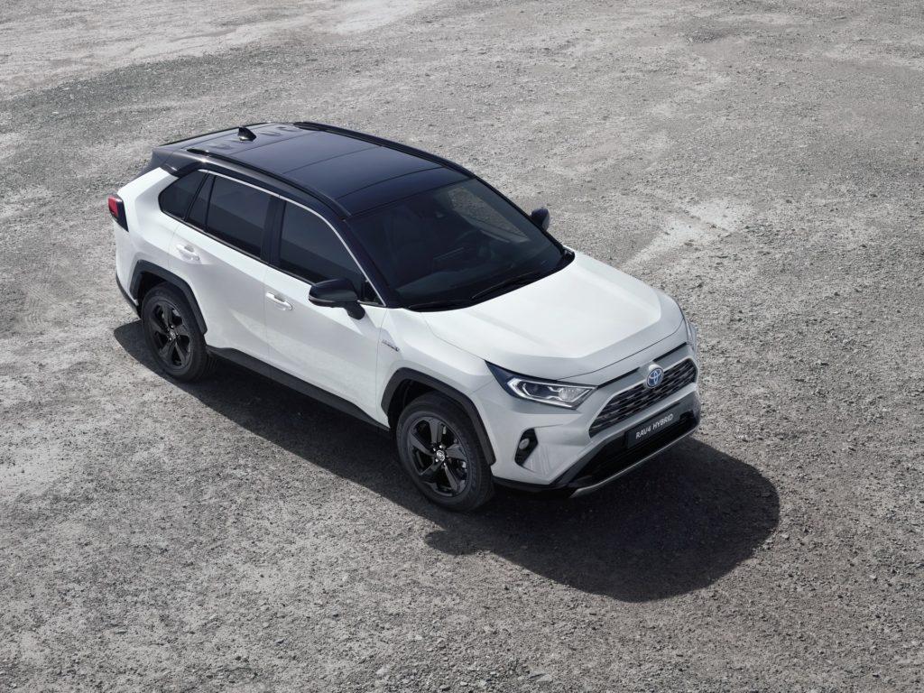 af8e02dc-2019-toyota-rav4-hybrid-04