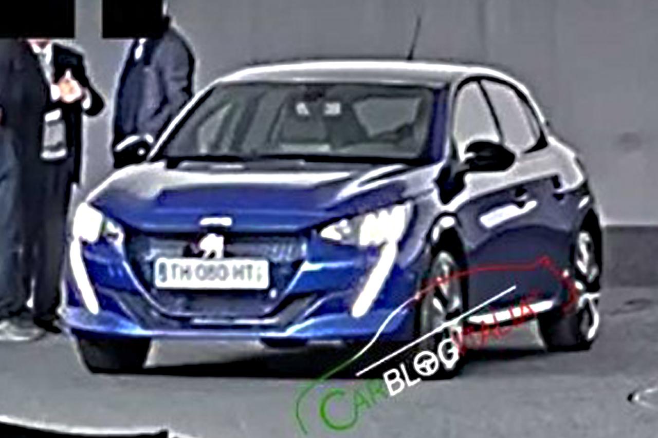 O novo 208 foi apanhado numa sala de apresentações do Centro de Estilo da Peugeot