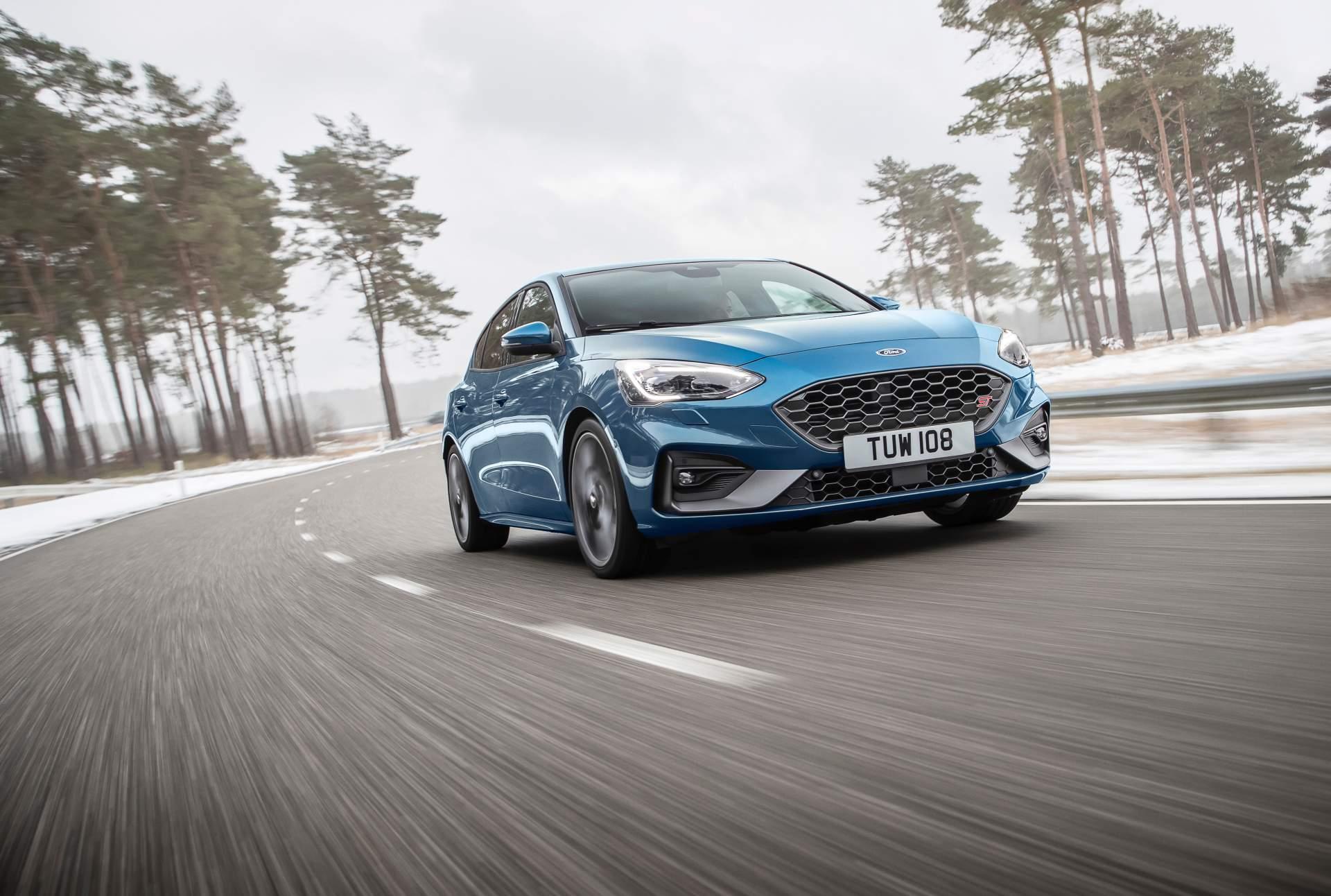 Ford revela versão ST do Focus com motor 2.3 litros e 280 CV