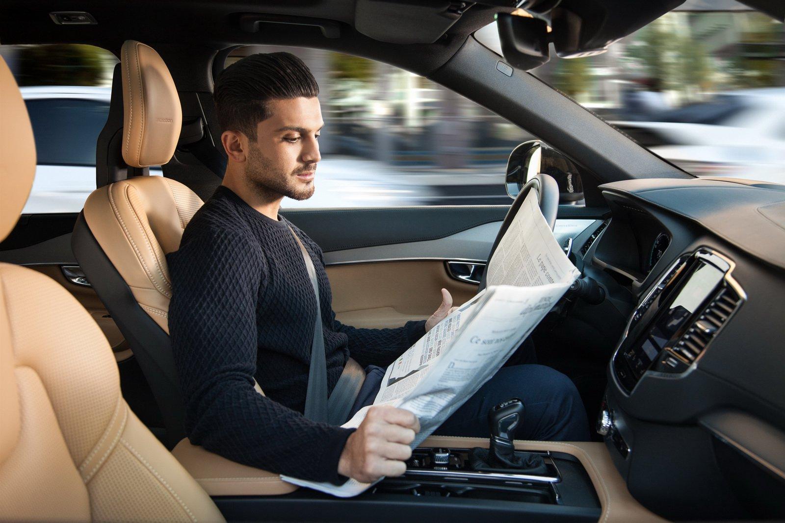 Como é que consegue fazer um seguro de um carro autónomo?