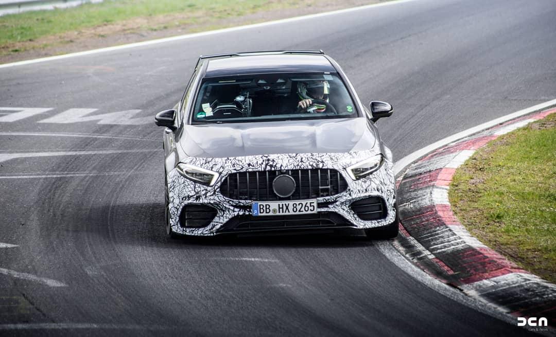 Mercedes AMG A45 cada vez mais próximo da definição final