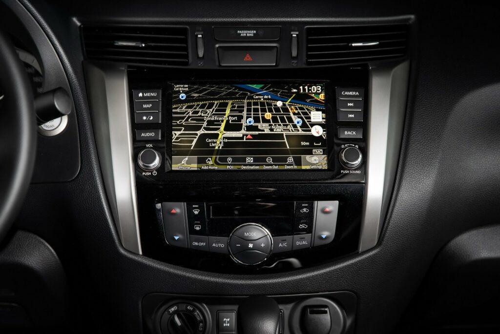 Nissan Navara recebe remodelação à venda a partir de 1 ...
