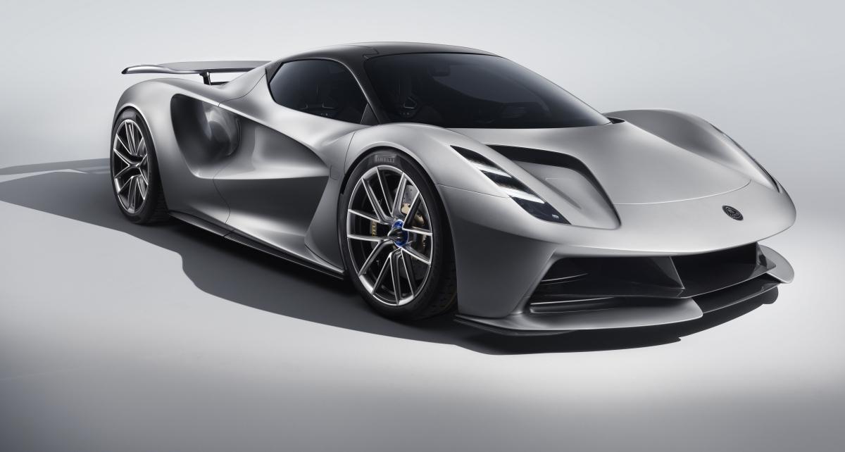 Lotus Evija: o primeiro supercarro elétrico britânico e o mais potente do mundo