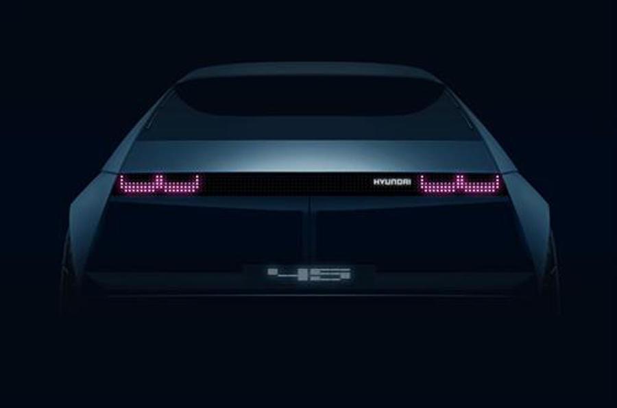 Hyundai vai revelar protótipo elétrico que celebra estilo do passado e do futuro